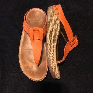 Shoes - Beautiful burnt orange fitflop sandal